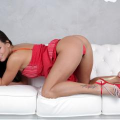 Mea Melone Gallery - http://free.melonechallenge.com/011chblue/gallery/thumbs/005-240x240.jpg?ri=2400000&rs=1000000
