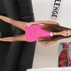 Mea Melone Gallery - http://free.melonechallenge.com/024tchallenge/gallery/thumbs/001-240x240.jpg?ri=250000000&rs=100000000