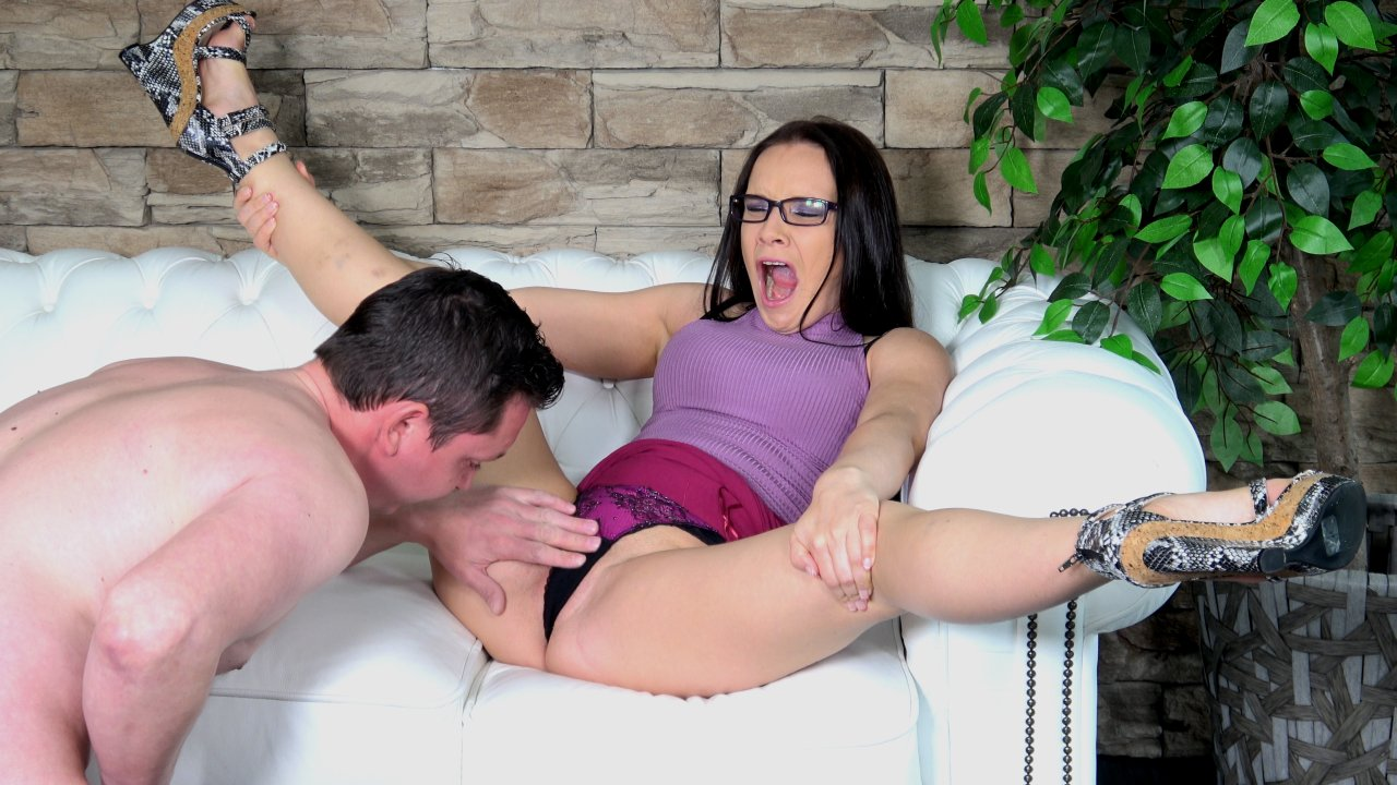HD MeloneChallenge – Huge Cock And A Nimble Tongue
