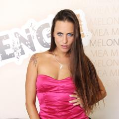 Mea Melone Gallery - http://free.melonechallenge.com/036challenge/gallery/thumbs/001-240x240.jpg?ri=240000&rs=100000