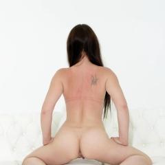 Melone Gallery - https://free.melonechallenge.com/143wchallenge/gallery/thumbs/030-240x240.jpg?ri=250000000&rs=100000000